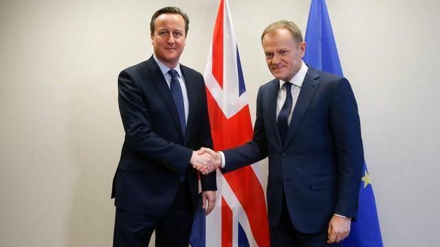 Brytyjskie media o podziałach w rządzie Camerona i sukcesie Polski