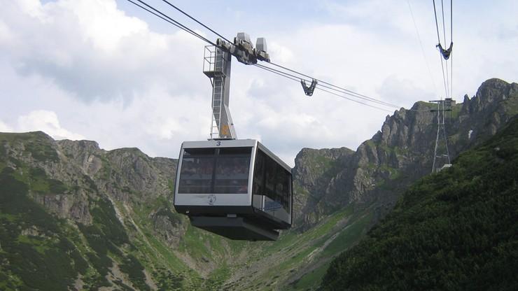 Tłok w Tatrach. Turyści zadepczą Kasprowy Wierch?