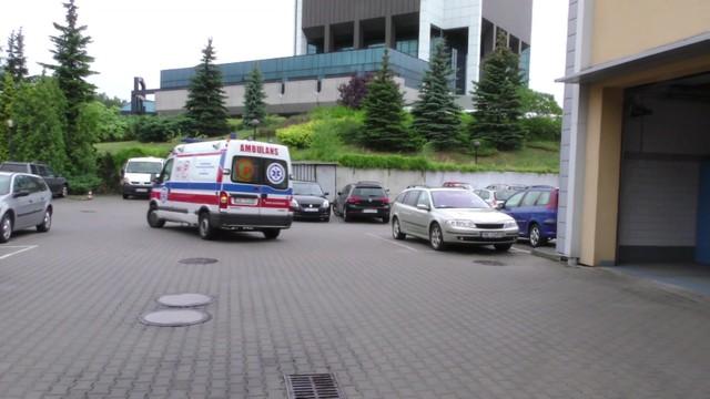 Ochroniarze ze szpitala w Radomiu chcą poddać się karze wz. ze zgonem bezdomnego pacjenta