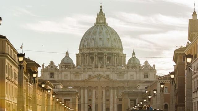 Watykański dyplomata w USA podejrzany w sprawie pornografii dziecięcej