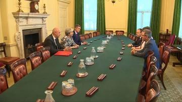 W. Brytania: Foster i May podpisały porozumienie o poparciu rządu