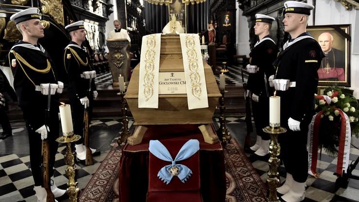 """Pogrzeb abp. Tadeusza Gocłowskiego. """"Odszedł niestrudzony duszpasterz Kościoła"""""""