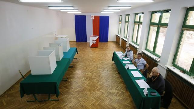 Referendum zakończone, wyniki poznamy w poniedziałek. W USA zagłosowało... 656 osób