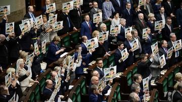 09-03-2016 17:08 Sejm domaga się od Rosji uwolnienia Sawczenko. Tego samego żądają także eurodeputowani