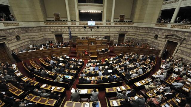 Grecki parlament zajmie się ustawami wymaganymi przez wierzycieli