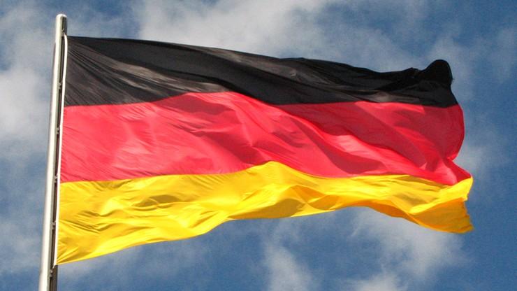 Spór o Boga w konstytucji niemieckiego landu. Piraci i FDP przeciw