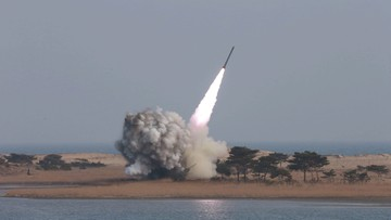 07-03-2016 05:32 Korea Północna straszy USA i Koreę Południową prewencyjnym atakiem nuklearnym