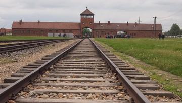29-12-2015 10:21 Anglicy staną przed sądem za kradzież w Muzeum Auschwitz