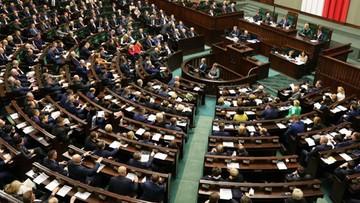 """14-12-2016 20:33 """"Ustawa dezubekizacyjna"""" wraca do komisji. Głosowanie miało się odbyć w środę"""