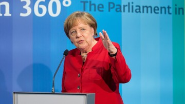 """12-05-2016 20:01 """"Grecy są tacy, Niemcy owacy, a Włosi jeszcze inni. Wkraczamy na drogę stereotypów"""" - Merkel ostrzega"""