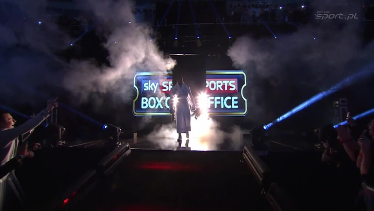2016-04-10 Efektowne wyjścia do ringu Joshuy i Martina