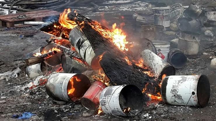 Kraków: ktoś palił beczki z niebezpiecznymi materiałami
