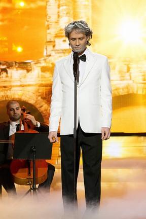 2016-04-29 Jerzy Grzechnik jako Andrea Bocelli. Zobaczcie jak śpiewa!