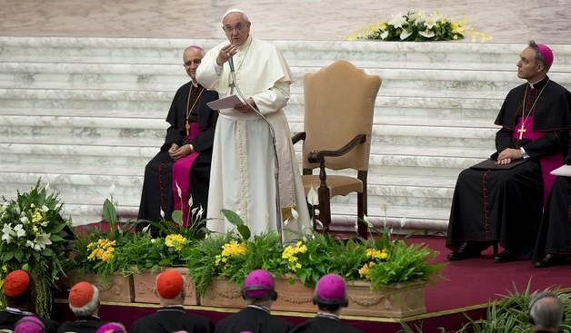 Papież w niebezpieczeństwie? Watykan wzmacnia ochronę