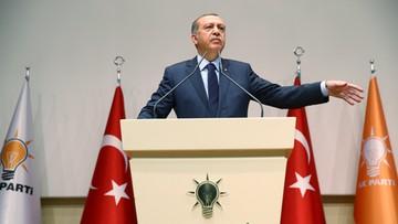 02-05-2017 20:53 Erdogan: Turcja nie ma o czym mówić z UE, chyba że o akcesji