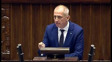 Neumann: Krok po kroku demolujecie Trybunał