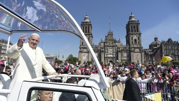 Meksyk: tłumy na ulicach witały papieża Franciszka