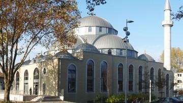 27-10-2016 19:37 Miasto będzie dotować budowę meczetów. Kontrowersje w Niemczech