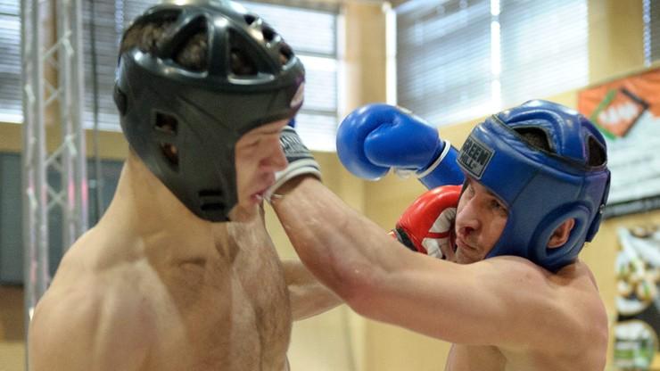 Polski bokser prowadzi... zakład pogrzebowy