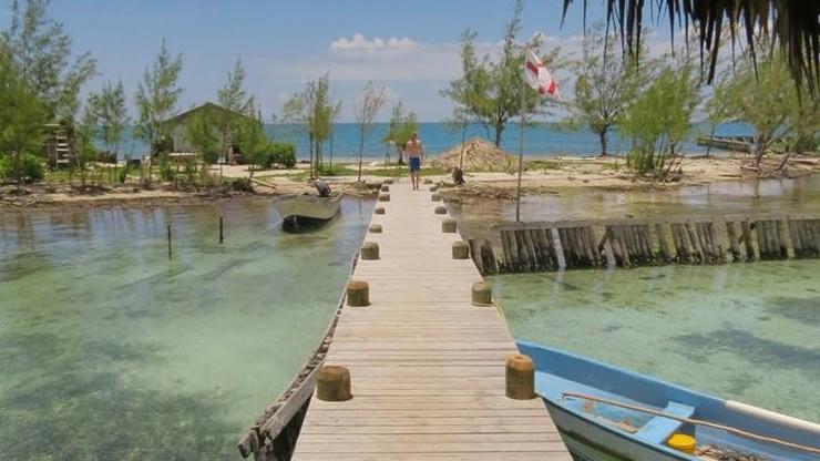 Karaibska wyspa do kupienia na Ebayu. Można zostać sąsiadem Leonardo DiCaprio