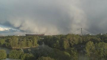 28-06-2017 21:40 Podtopienia, zerwane dachy i powalone drzewa. Po upale deszcz i gradobicia w całej Polsce