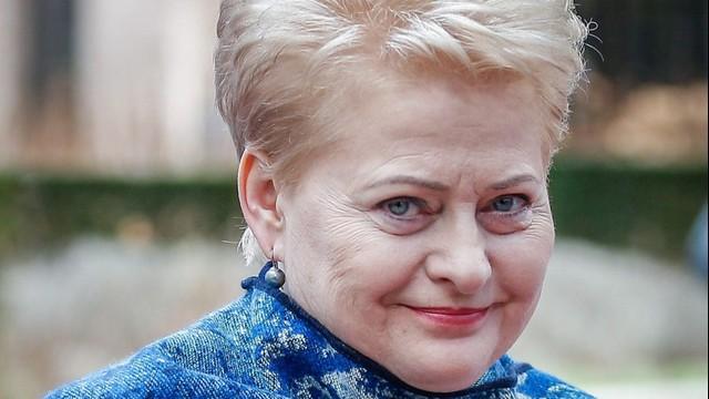 Prezydent Litwy: na wojnę terrorystów należy odpowiedzieć wojną