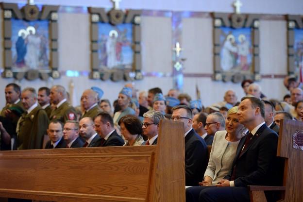 Prezydent Duda modli się w USA