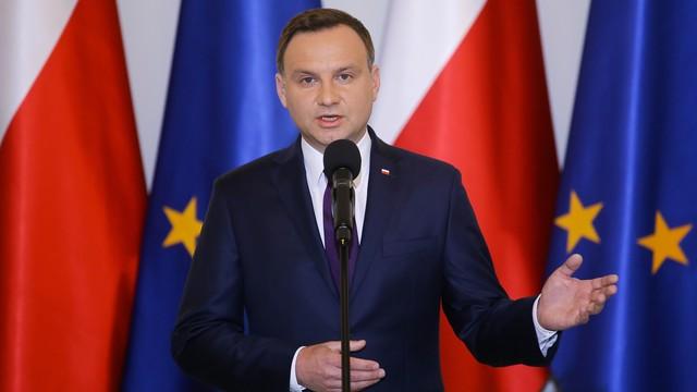 CBOS: prezydent A.Duda, premier B.Szydło oraz P.Kukiz liderami rankingu zaufania