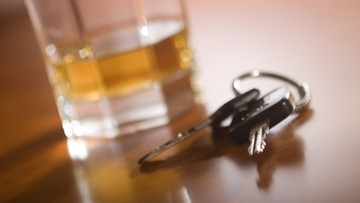 19-07-2016 12:25 Kierowca tira założył się, że da radę prowadzić - miał 2,9 promila