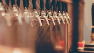 Sejmowe komisje za projektem wprowadzającym zakaz picia alkoholu w miejscach publicznych