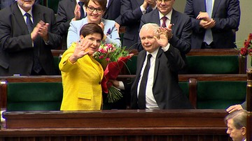 """07-12-2017 11:30 """"Jest stekiem kłamstw i oszczerstw"""". Sejm odrzucił wniosek PO o wotum nieufności wobec rządu"""