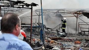 29-03-2016 16:14 Wybuch na stoisku z fajerwerkami w Osinowie Dolnym. 8 osób rannych