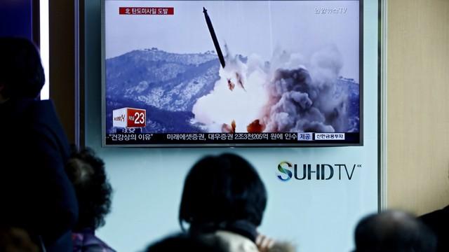 Korea Płn. może odpalić rakietę, wojska japońskie w stanie gotowośc
