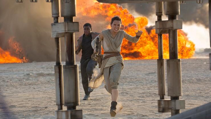 """""""Gwiezdne Wojny: Przebudzenie Mocy"""" na rekordowej liczbie ekranów kinowych"""
