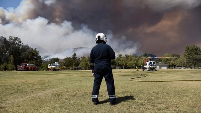 Cypr: Pożar lasu szaleje trzeci dzień; drugi strażak nie żyje