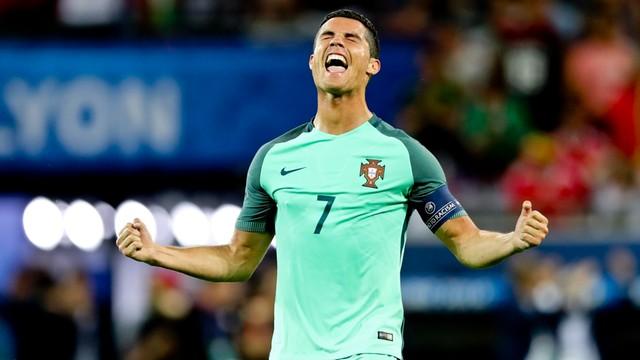 Cristiano Ronaldo piłkarzem sezonu w Europie w plebiscycie UEFA