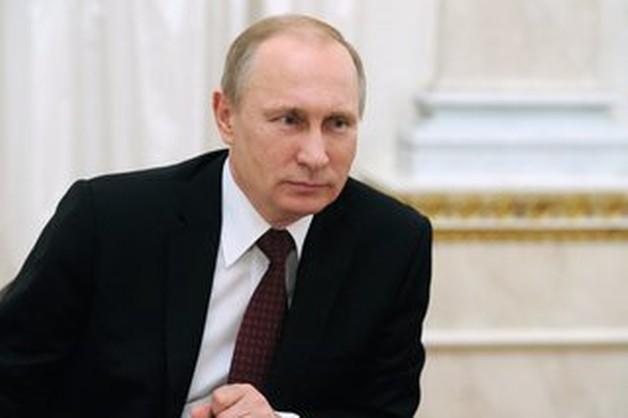 Putin wychodzi z ukrycia