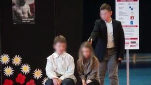 Egzekucja w szkole. Kontrowersyjna lekcja historii w Skawinie