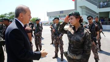 03-08-2016 05:30 Turcja po puczu: 58 tys. zawieszonych osób