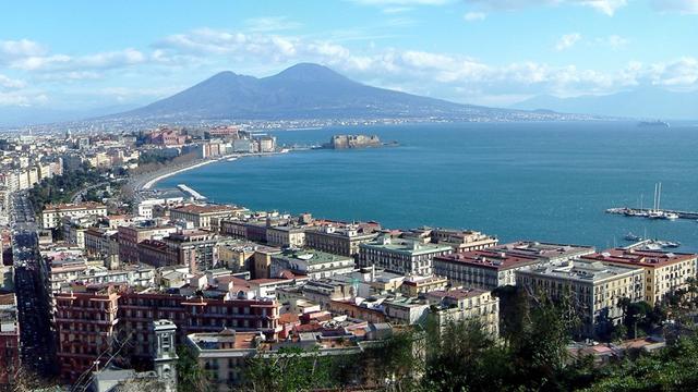 Neapol: protesty przeciwko aresztowaniu bossa mafii
