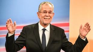 Austria: według sondaży Van der Bellen wygrał wybory prezydenckie