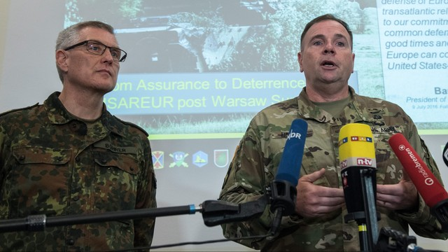 Gen. Hodges: w styczniu 4 tysięcy żołnierzy USA uda się z Bremerhaven do Polski