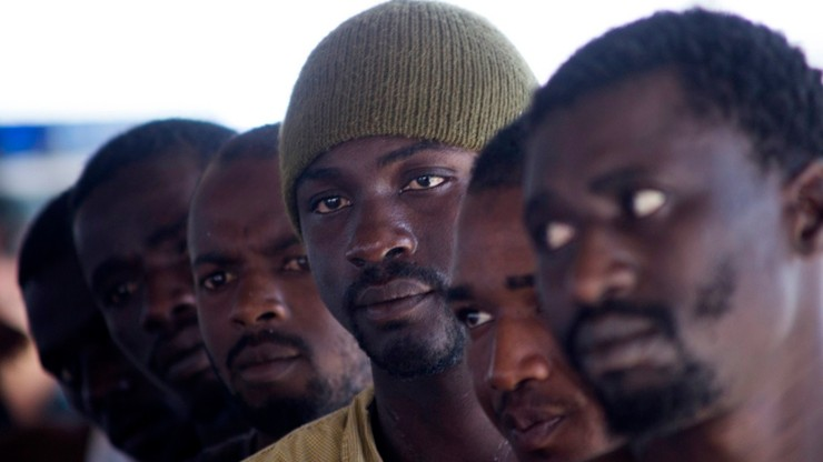 150 mln euro do wzięcia. Włoski rząd zachęca do przyjmowania migrantów