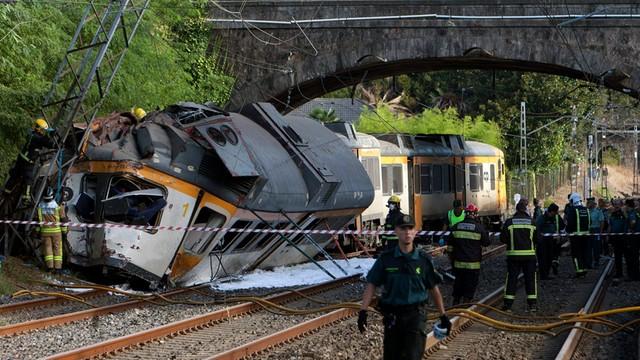 Hiszpania: katastrofa kolejowa portugalskiego pociągu, są zabici