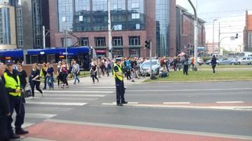 20-05-2016 16:11 Kolejny podejrzany pakunek we Wrocławiu. Alarm bombowy na placu Dominikańskim