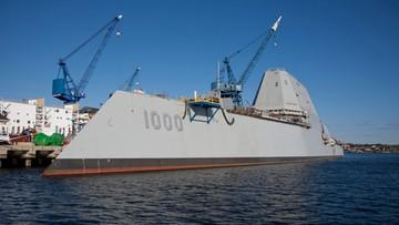 23-09-2016 09:17 Najdroższy na świecie okręt wojenny nie zdążył wypłynąć na misję. Zaczął przeciekać