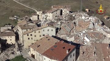 31-10-2016 21:57 Włochy się zapadły. Gdzieniegdzie nawet o 70 cm. Winne trzęsienie