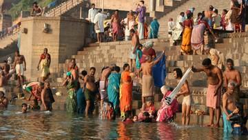 """21-03-2017 11:12 Święte rzeki w Indiach otrzymały status """"bytów żywych"""" i osobowość prawną"""