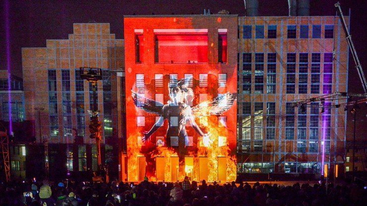 Oniryczne obrazy na Festiwalu Kinetycznej Sztuki Światła w Łodzi