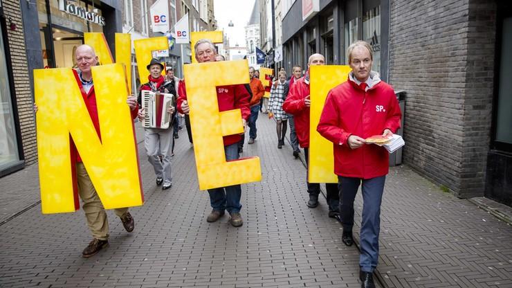 """""""To atak na jedność Europy"""". Prezydent Ukrainy o wyniku referendum w Holandii"""